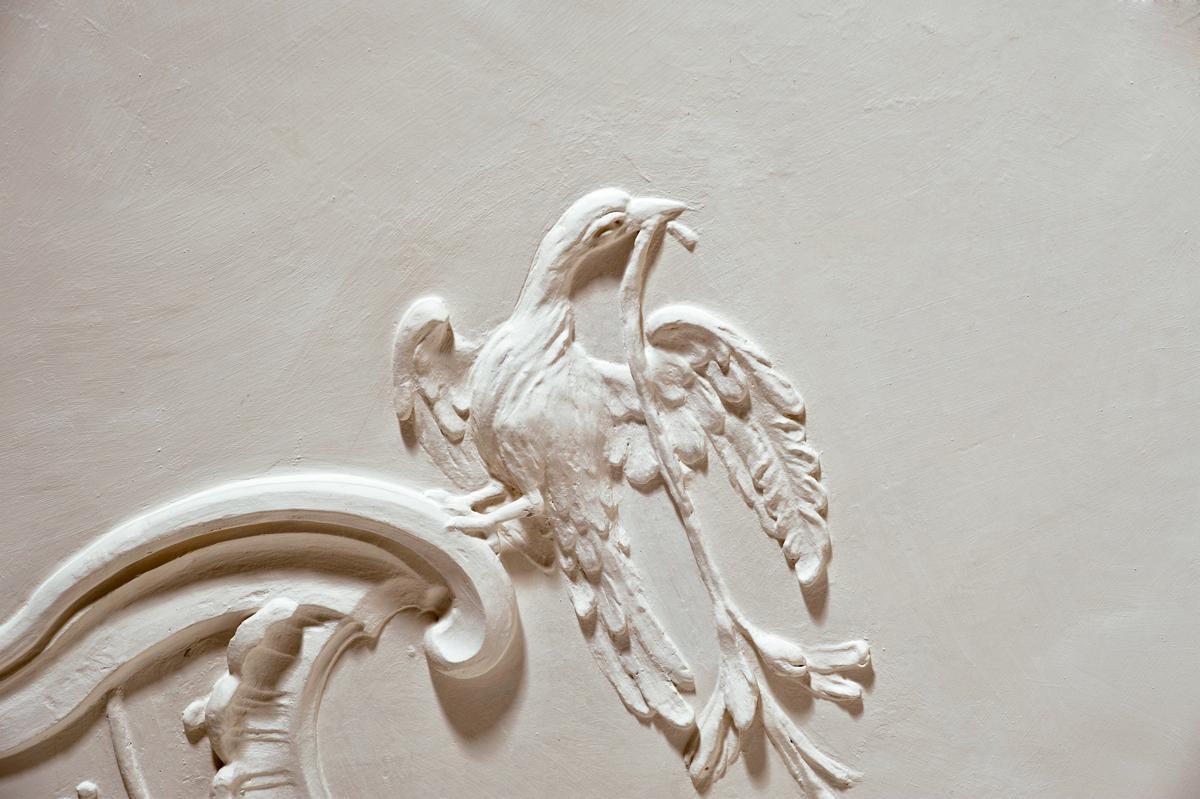 Stucs représentant un oiseau, nouveau château de Meersburg