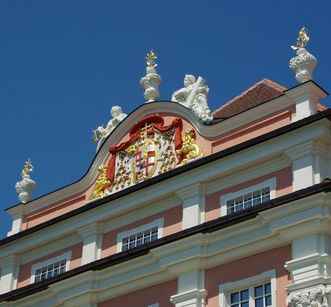 Pediment with coat of arms and statuary, Meersburg New Palace. Image: Hermann Böhne