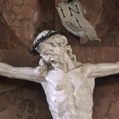 Altarfigur Jesus in der Schlosskirche, Neues Schloss Meersburg; Foto: Staatliche Schlösser und Gärten Baden-Württemberg, Arnim Weischer
