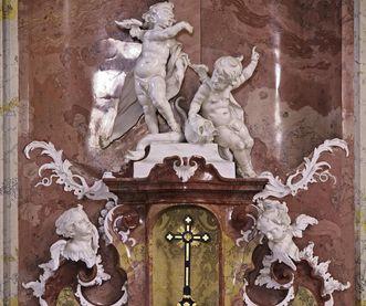 Stucco sculptures at the high altar tabernacle in the palace church, Meersburg New Palace. Image: Staatliche Schlösser und Gärten Baden-Württemberg, Arnim Weischer