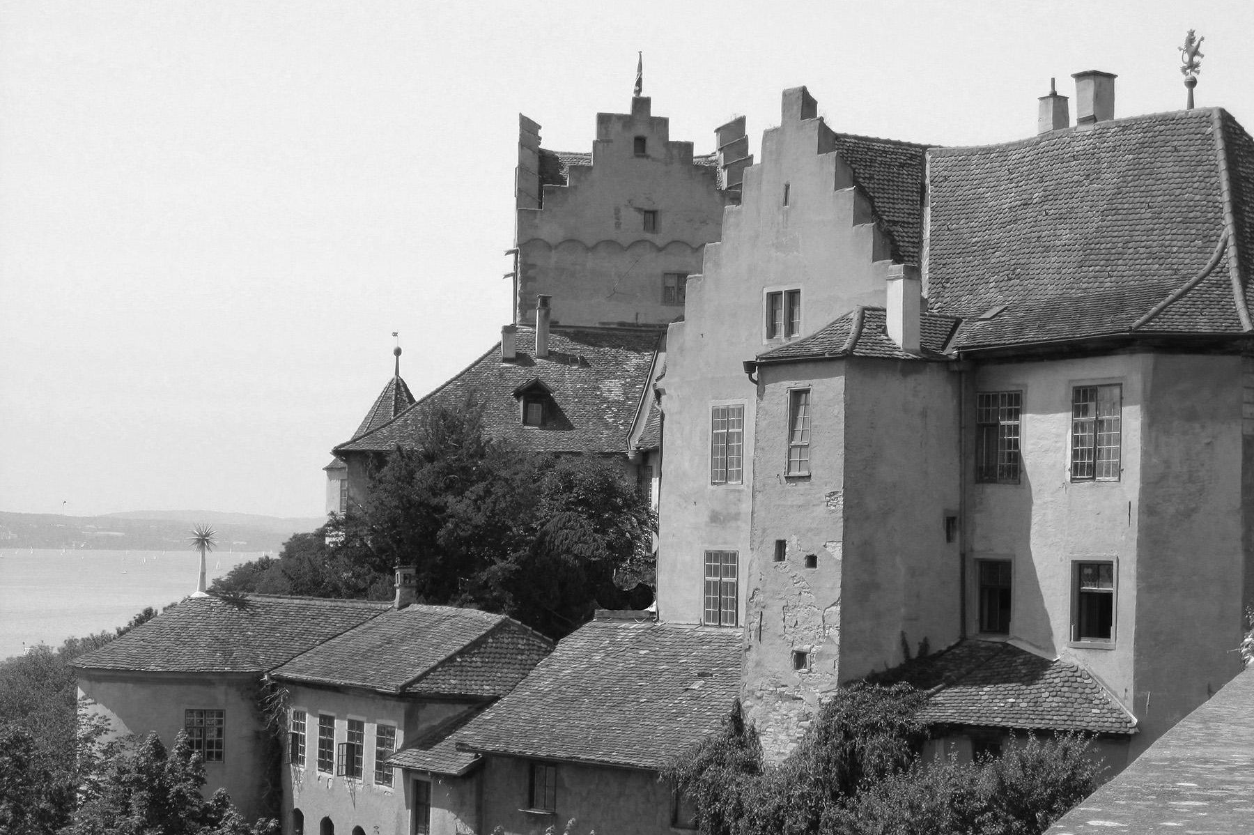 Image: Old Meersburg Castle with a view of Lake Constance