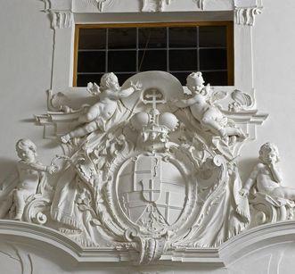 Stuckwappen des Fürstbischofs Franz Conrad von Rodt im Neuen Schloss Meersburg; Foto: Staatliche Schlösser und Gärten, Arnim Weischer