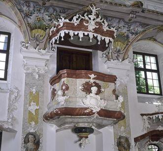 Pulpit in the palace church with stucco adornment, Meersburg New Palace. Image: Staatliche Schlösser und Gärten Baden-Württemberg, Arnim Weischer